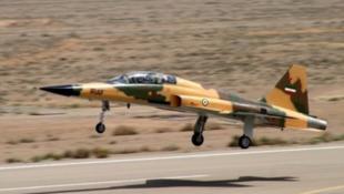 یک هوایپمای F5 ایرانی