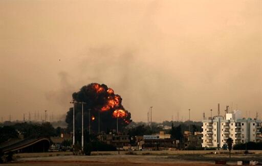 La ville de Benghazi sous les bombardements, le 19 mars 2011.