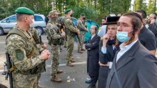 2000 паломников-хасидов застряли на границе Украины и Беларуси.