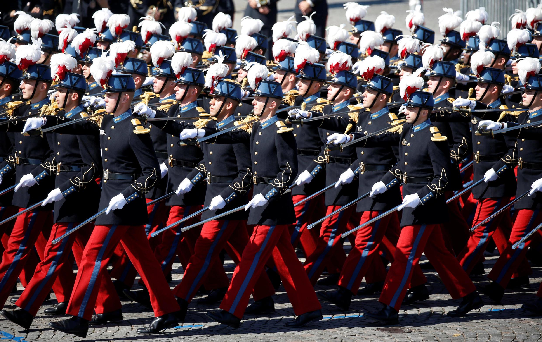 L'Ecole militaire de Saint-Cyr forme les différents officiers de l'Armée de terre. Les étudiants, ici, défilent sur la place de la Concorde le 14 Juillet 2017.