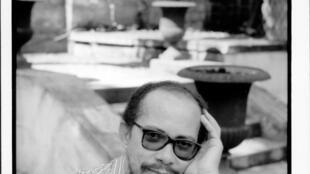 Le Martiniquais Raphael Confiant est l'auteur d'une cinquantaine d'ouvrages, dont des romans, des essais et des récits autobiographiques.