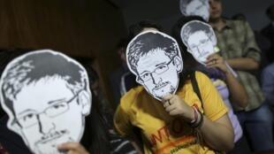Pour l'heure, Edward Snowden est toujours exilé en Russie.