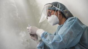 La société chinoise Sinopharm a déclaré que son vaccin contre le coronavirus était efficace à 79% après les essais de phase 3.
