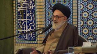 آیتالله علی محمد دستغیب، عضو مجلس خبرگان رهبری جمهوری اسلامی ایران