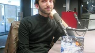 Martín Ackerman en los estudios de RFI