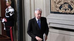 El nuevo presidente del gobierno italiano Mario Monti