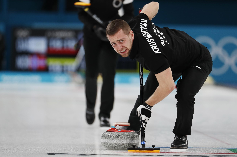 Junto a su mujer Anastasia Bryzgalova, Aleksandr Krouchelnitsky había conquistado la medalla de bronce en el torneo de curling mixto de los Juegos.