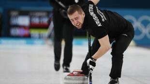 俄國冰壺混雙銅牌的男選手亞歷山大•克魯謝爾尼斯基(Alexander Krushelnytsky)