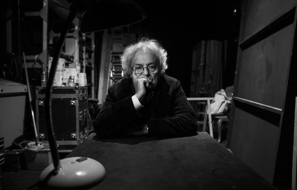 آدونیس، شاعر عرب