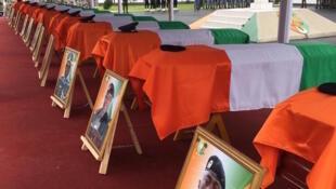 Cérémonie d'hommage aux militaires tués lors de l'attaque de Kafolo, le 11 juin dernier. Abidjan, le 2 juillet 2020.
