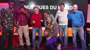 Arat Kilo, Mamani Keïta, Mike Ladd, Edmony Krater, Sonny Troupé et Frank Souriant à RFI.