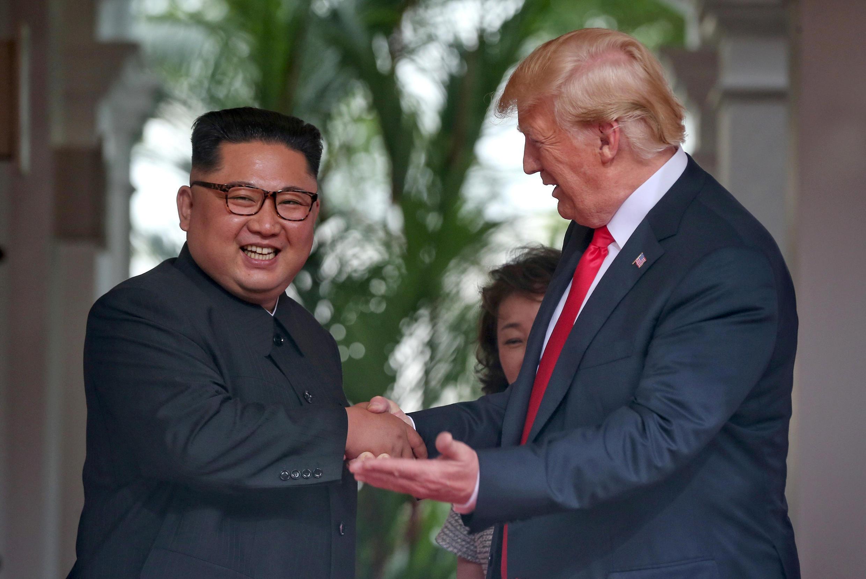 Ким Чен Ын и Дональд Трамп в Сингапуре 12 июня 2018