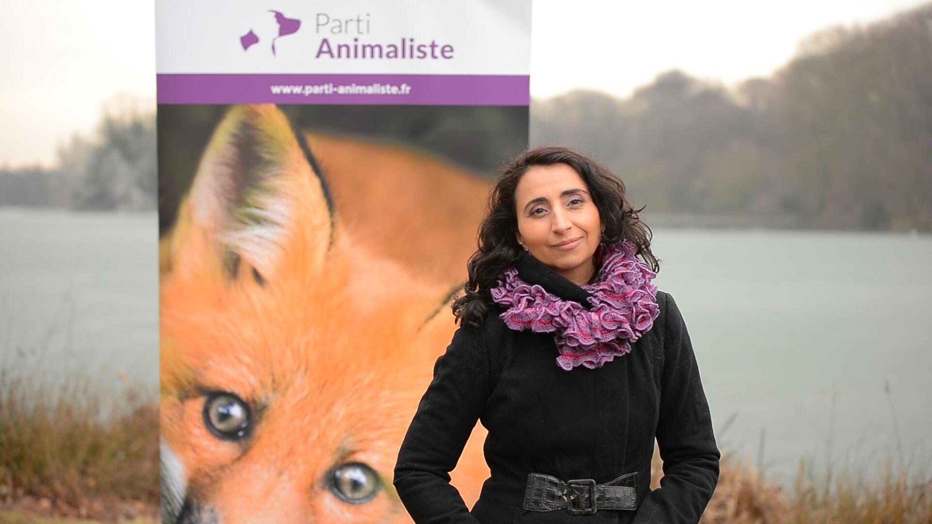 Uma das fundadoras e presidentes do Partido Animalista da França, Nathalie Dehan.