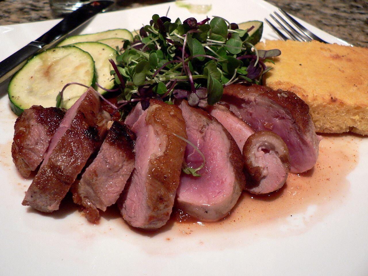 Y Tế Công Pháp khuyến nghị nên dùng 500gr/tuần các loại thịt trừ thịt gà.
