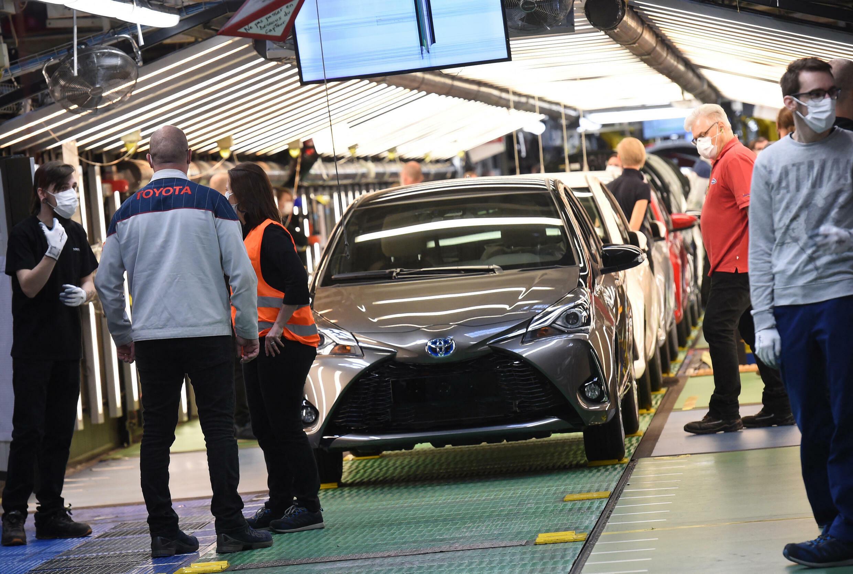 toyota-usine-voitures
