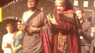 Sri Lankan actress Swarna Mallawarachchi (L) and Iranian director Rakshan Bani-Etemad at the Vesoul film festival