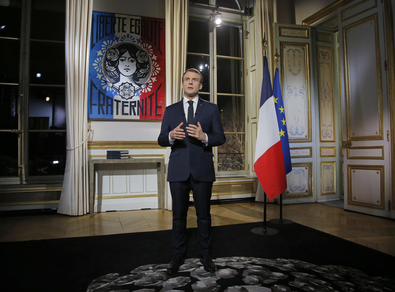 O Presidente francês, Emmanuel Macron durante a tradicional alocução de fim do ano, a 31 de Dezembro de 2018.