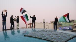 Người dân Teheran ăn mừng sau khi Iran bắn tên lửa vào căn cứ Mỹ tại Irak ngày 08/01/2020.