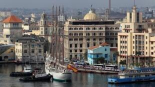 Tàu Jean Sebastian de Elcao của Hải Quân Tây Ban Nha tới vịnh Habana, Cuba, ngày 09/04/2019