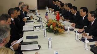 Tổng thống Mỹ và chủ tịch Trung Quốc hội đàm bên lề Hội nghị G20 ngày 26/06/2010