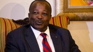 Le président du sénat haïtien, Simon Dieuseul Desras, exhorte le président Martelly de nommer un Premier ministre d'ouverture.
