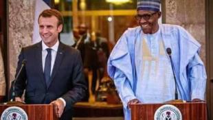 Shugaba Emmanuel Macron na Faransa da shugaba Muhammadu Buhari na Najeriya a birnin Abuja
