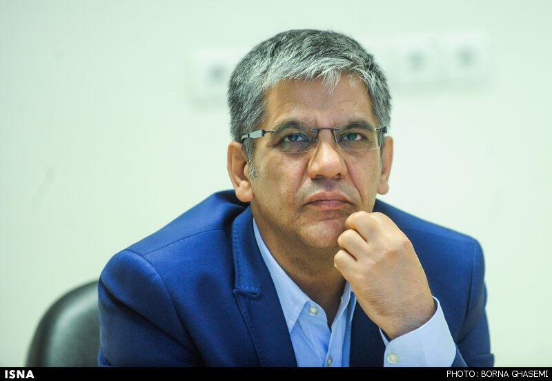 منصور لشکری قوچانی، یکی از  ٣ تهیه کننده سینما که به علت پخش تیزر فیلمش از شبکههای ماهوارهای، از سوی دادستانی تهران احضار شد.