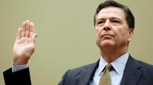 圖為前美國聯邦調查局局長科米