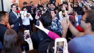 Le leader de l'opposition Juan Guaido, reconnu président par intérim par une quarantaine de pays, s'est adressé aux étudiants à Caracas, ce lundi 11 février 2019.