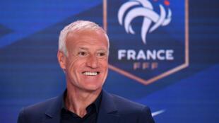 Le sélectionneur de l'équipe de France, Didier Deschamps, après avoir annoncé la liste des 26 joueurs sélectionnés pour l'Euro 2020, le 18 mai 201 dans les studios de TF1 à Boulogne-Billancourt