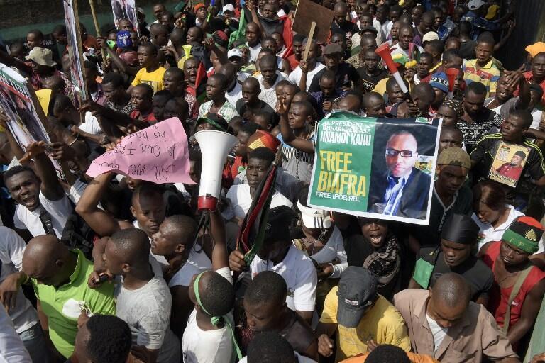 Une manifestation à Aba, dans le sud-est nigérian, pour la libération du leader de l'IPOB Nnamdi Kanu.
