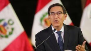 El presidente Martín Vizcarra enfrenta una moción de vacancia en el Congreso peruano.