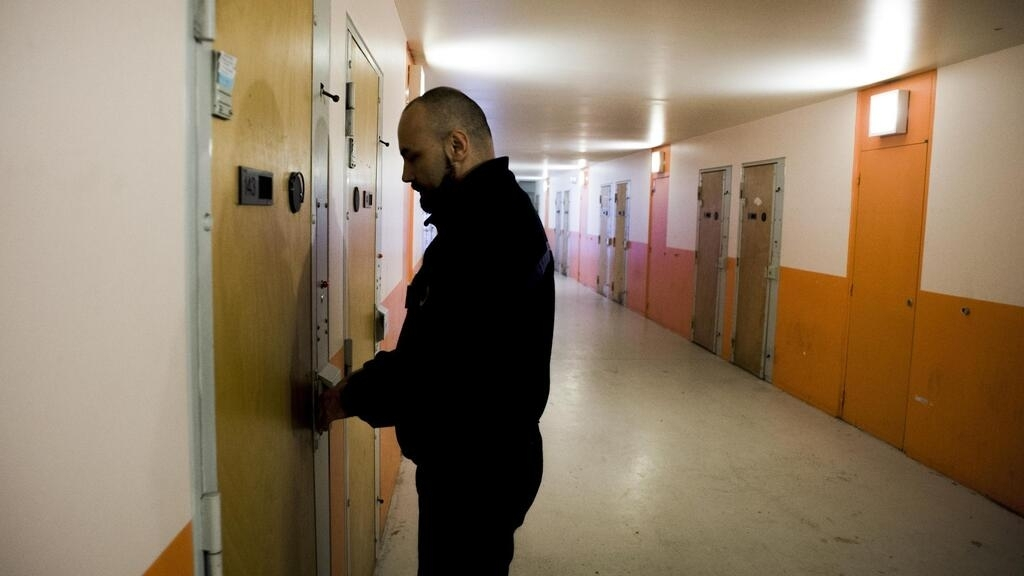 Mise en liberté d'un détenu pour conditions de détention indignes: «Une décision historique»