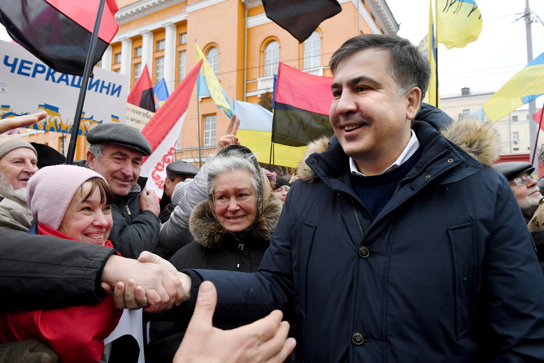 Mikheïl Saakachvili tự khẳng định là một nhà đối lập Ukraina vận động đòi truất phế tổng thống Porochenko. Ảnh tại Kiev ngày 04/02/2018.