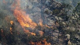 Cháy rừng sát cạnh thành phố Colorado Springs 27/06/2012