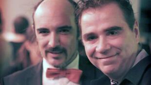 O casal Rodrigo Borda e Sergio Miranda serão os primeiros a celebrar casamento homossexual no Uruguai.