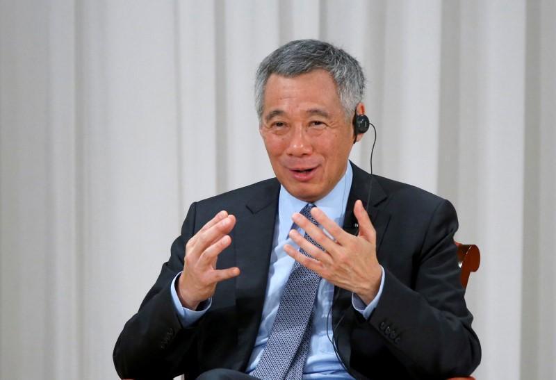 新加坡总理李显龙资料图片