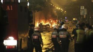 """Bạo động tại khu """"Little India"""", Singapore, đêm 08/12/2013"""