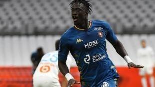 Ibrahima Niane célèbre son but face à l'Olympique de Marseille, le 26 septembre 2020.