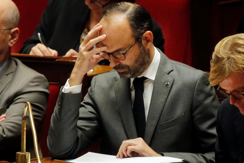 Primeiro-ministro francês, Édouard Philippe, explica moldes de aumento de salário mínimo