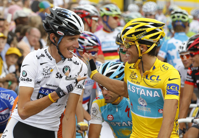 """Andy Schleck e Alberto Contador no """"Tour de France"""" 2010."""