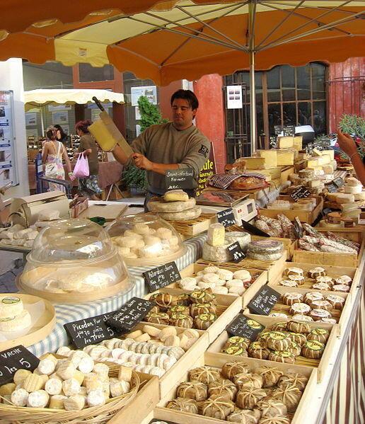 Cheese maker
