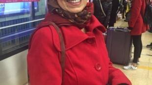 Aos 73 anos, Arcelina Helena nascida em São Paulo, viaja pelo mundo por conta própria, atrás de novidades.