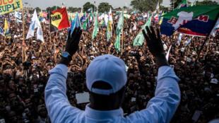 Martin Fayulu devant ses partisans rassemblés à Kinshasa, le 2 février 2019.