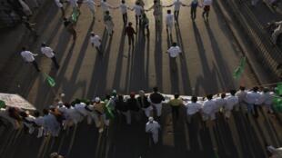 A Karachi, dans le sud du Pakistan, des affrontements ont eu lieu entre des policiers et des manifestants ce vendredi 31 décembre 2010.
