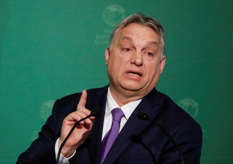 Em dez anos no poder, Viktor Orban desfigurou o frágil estado democrático na Hungria.