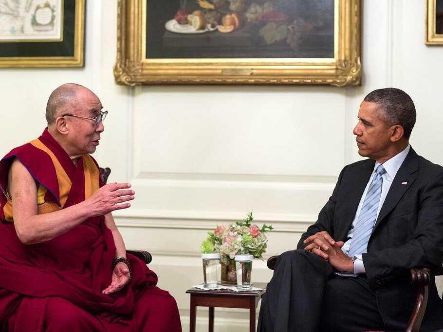 Imagens de arquivo do encontro entre o presidente Barack Obama e o Dalai Lama, em fevereiro 2014.