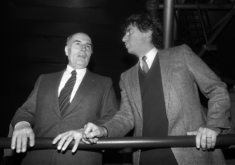 François Mitterrand et Jack Lang en 1984, lors de l'inauguration du Zénith, destiné à l'époque à être la nouvelle salle de rock à Paris.