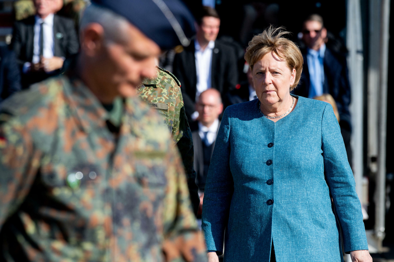 La canciller alemana, Angela Merkel, en una ceremonia militar en Seedorf el 22 de septiembre de 2021