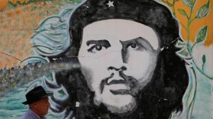 Guevara: herói inesquecível do povo cubano.